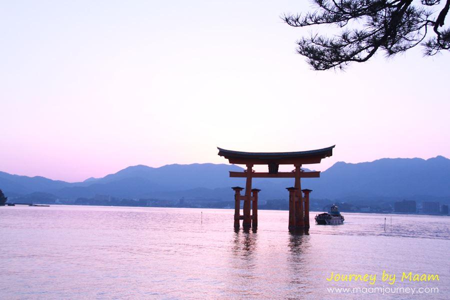 Itsukushima Shrine_ศาลเจ้าอิซูกุชิมา