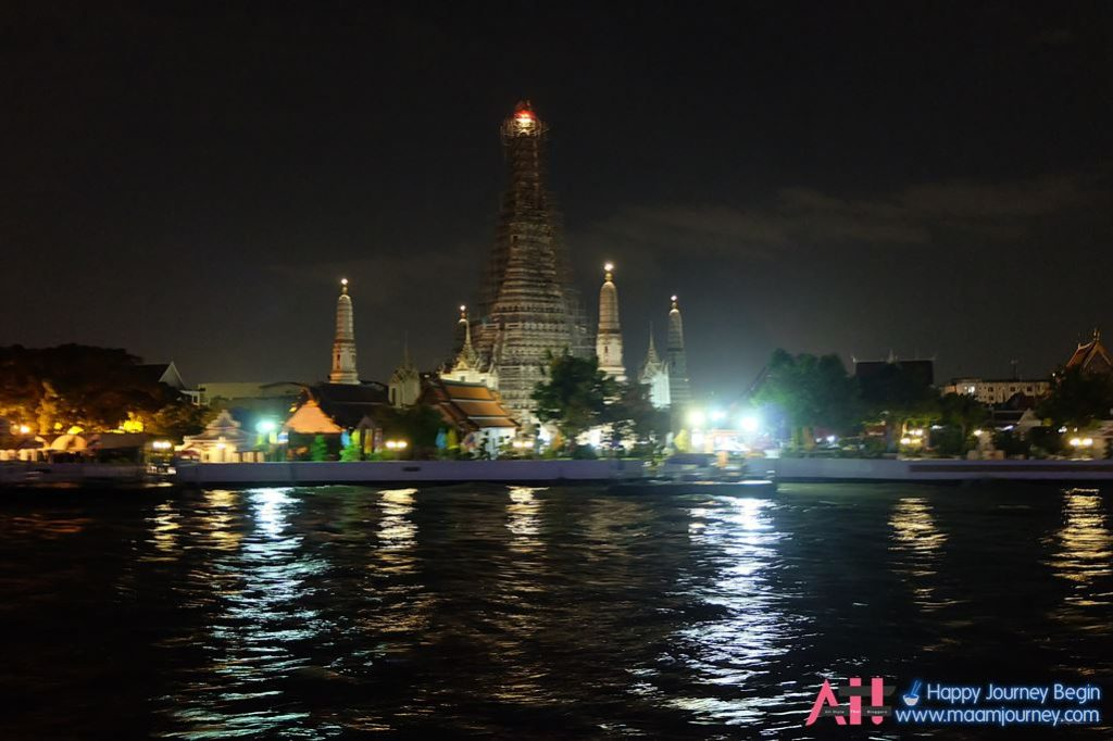 The Vertical Cruise_Wat Arun