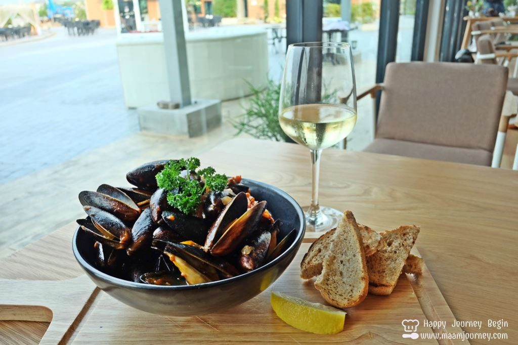 Breeze Cafe_Blue Shell Australian Mussels_1