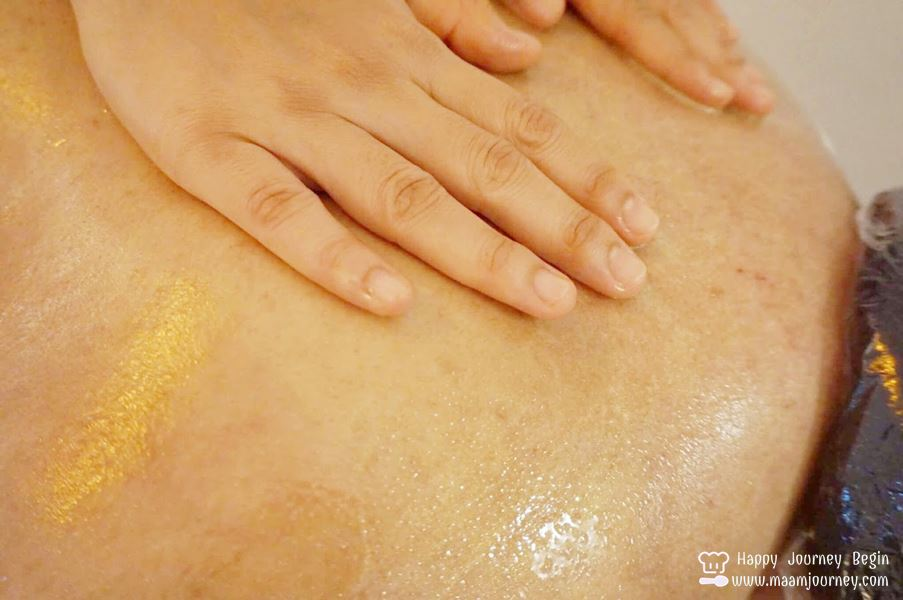 Oasis Spa_Golden Glow Hot Oil Massage_1