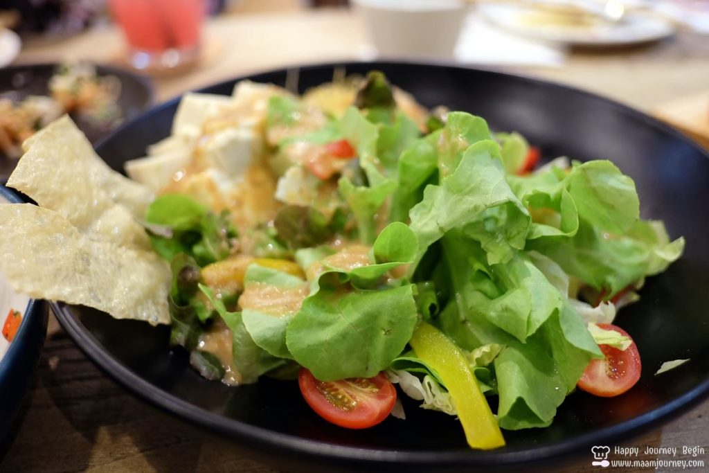 Umeno Cafe Silom_12