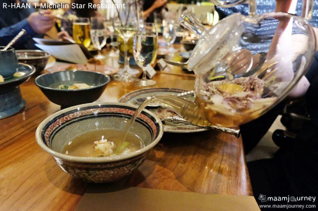 R-HAAN 1 Michelin Star Restaurant_6_สามสายกษัตริย์ต้มกะทิ