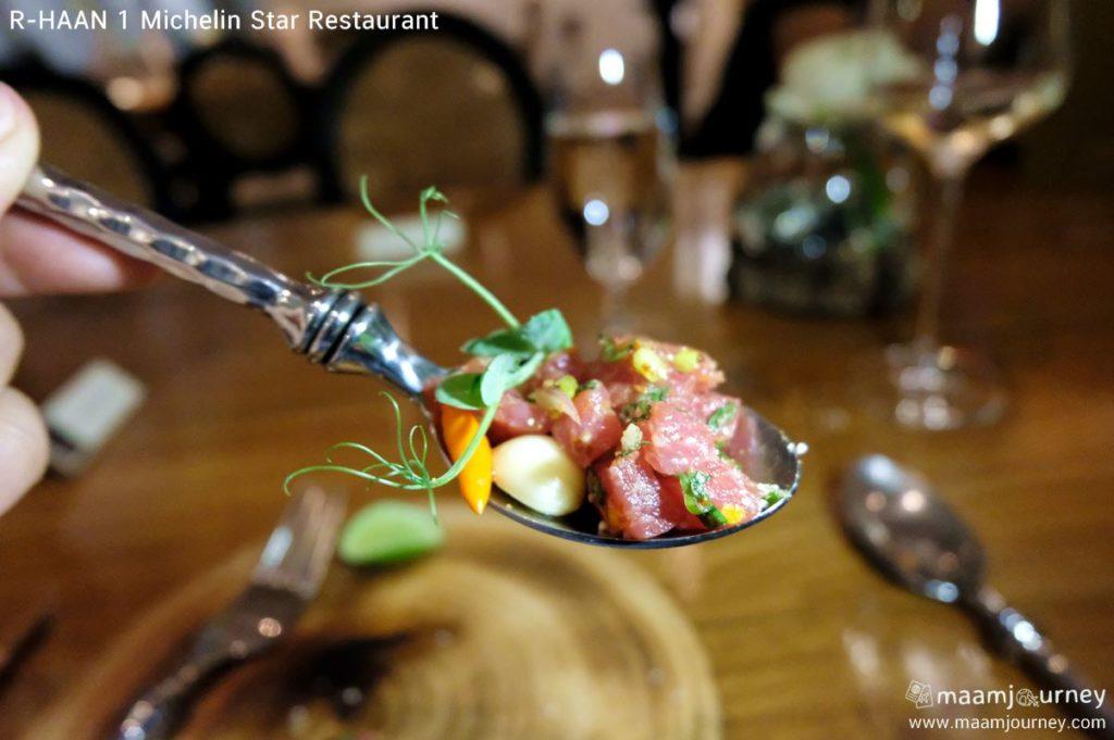 R-HAAN 1 Michelin Star Restaurant_Black Angus ก้อยเนื้อแบล็คแองกัส_1