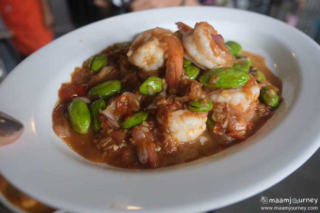 Kungthong Seafood_กุ้งทอง_ผัดสะตอกะปิกุ้งแชบ๊วย_1