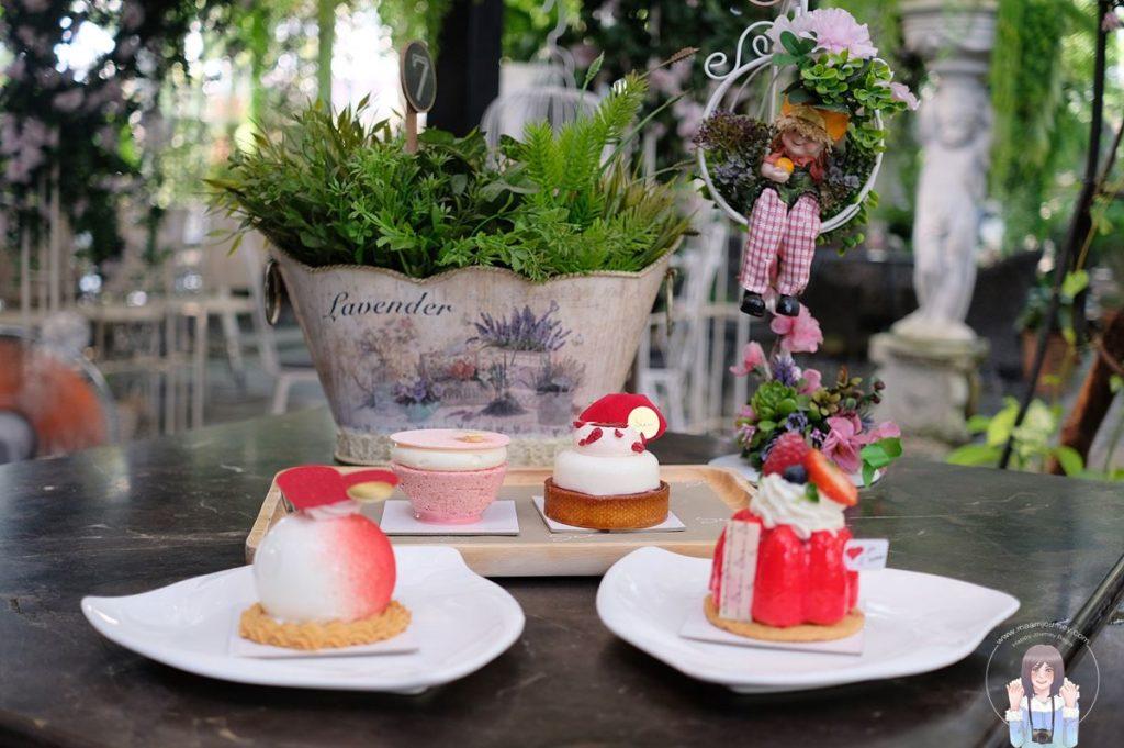 Seen Bangkok _Cake