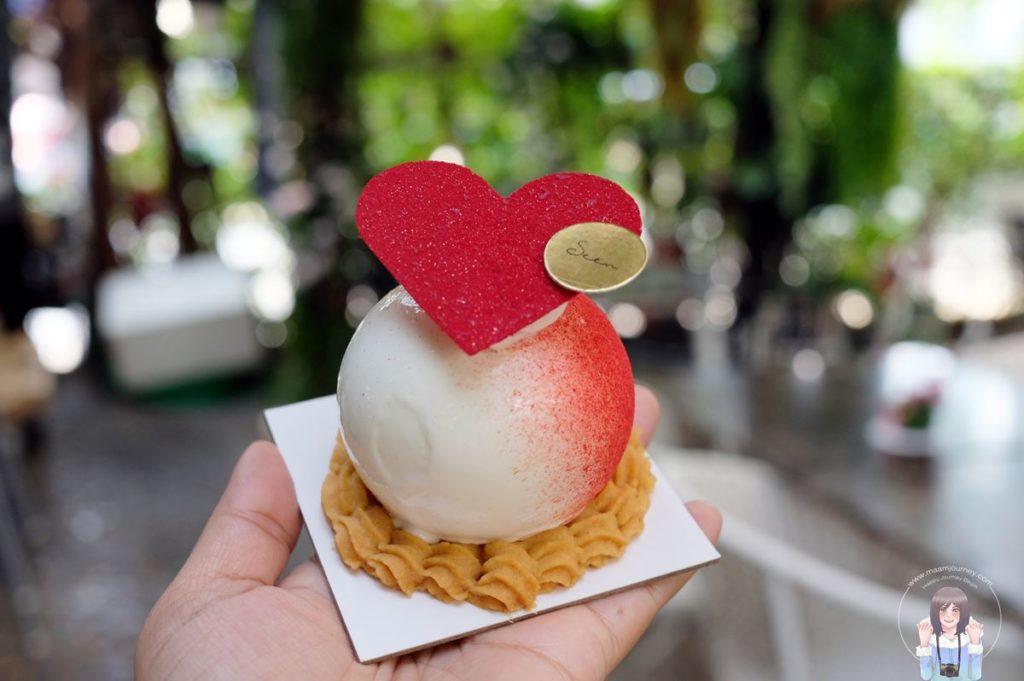 Seen Bangkok _Cake_Myrtille_1