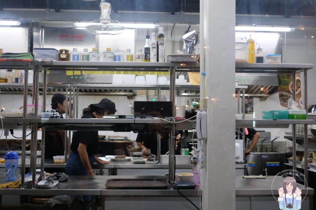 มีครัวที่มองเห็นการทำอาหารด้วย