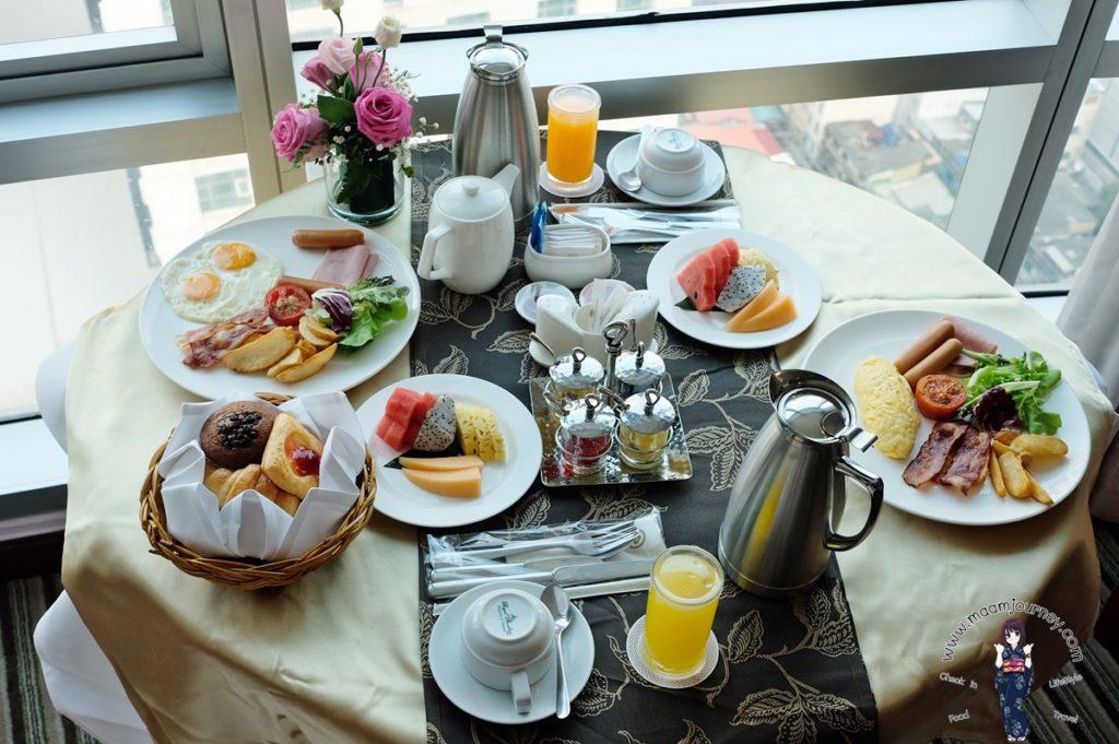 มื้อเช้าสำหรับ 2 ท่าน รับประทานในห้อง