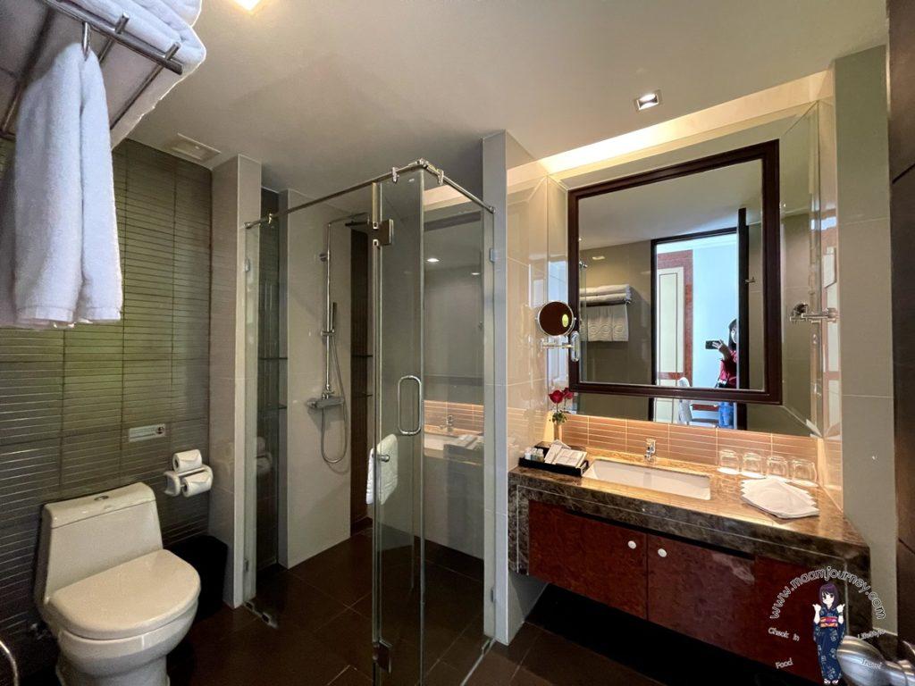 ห้องน้ำกว้างมาก