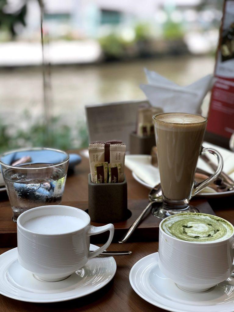 กาแฟ นมร้อน ชาเขียว