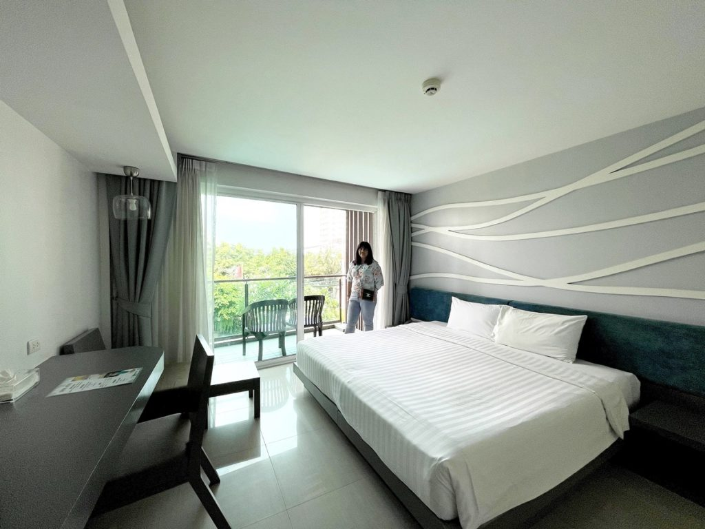 โรงแรมพรีมา วงศ์อมาตย์ โรงแรม 3 ดาว